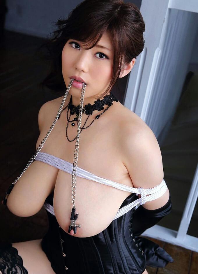 乳首クリップ